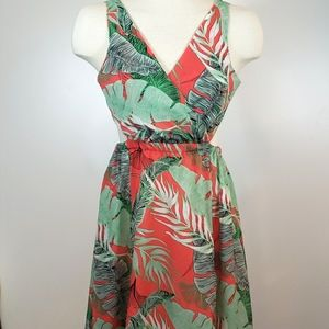 Tropical Floral Flowy Tie Back Maxi Dress size M